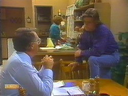 Harold Bishop, Madge Bishop, Mike Young in Neighbours Episode 0824