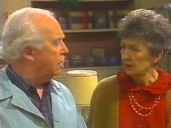 John Worthington, Nell Mangel in Neighbours Episode 0824