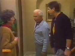 Nell Mangel, John Worthington, Joe Mangel in Neighbours Episode 0825
