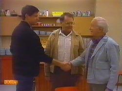 Joe Mangel, Harold Bishop, John Worthington in Neighbours Episode 0825