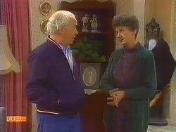 John Worthington, Nell Mangel in Neighbours Episode 0825
