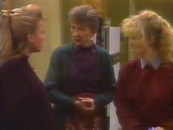 Bronwyn Davies, Nell Mangel, Sharon Davies in Neighbours Episode 0826