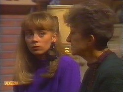 Jane Harris, Nell Mangel in Neighbours Episode 0827
