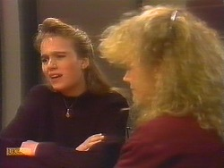 Bronwyn Davies, Sharon Davies in Neighbours Episode 0827