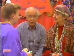 Bronwyn Davies, John Worthington, Nell Mangel in Neighbours Episode 0827