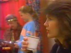 Nell Mangel, Katie Landers, Beverly Marshall in Neighbours Episode 0827