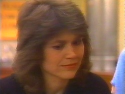 Beverly Robinson in Neighbours Episode 0827