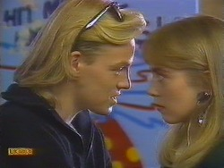 Scott Robinson, Jane Harris  in Neighbours Episode 0828
