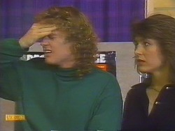 Henry Ramsay, Beverly Marshall  in Neighbours Episode 0828