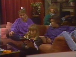 Bronwyn Davies, Jane Harris, Sharon Davies, Mike Young in Neighbours Episode 0828