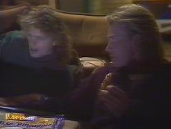 Henry Ramsay, Scott Robinson  in Neighbours Episode 0828