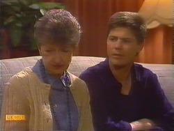 Nell Mangel, Joe Mangel in Neighbours Episode 0828