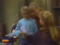 Katie Landers, Jane Harris, Bronwyn Davies in Neighbours Episode 0829