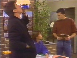 Joe Mangel, Mike Young, Des Clarke in Neighbours Episode 0829