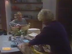 Jim Robinson, Helen Daniels in Neighbours Episode 0831