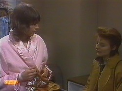Beverly Marshall, Gail Robinson in Neighbours Episode 0831