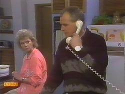 Helen Daniels, Jim Robinson in Neighbours Episode 0831