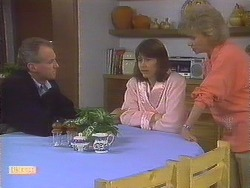 Jim Robinson, Beverly Marshall, Helen Daniels in Neighbours Episode 0831