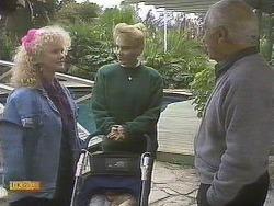Sharon Davies, Bronwyn Davies, John Worthington in Neighbours Episode 0832