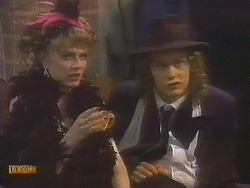 Melanie Pearson, Henry Ramsay in Neighbours Episode 0833