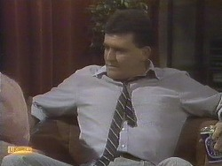 Des Clarke in Neighbours Episode 0834