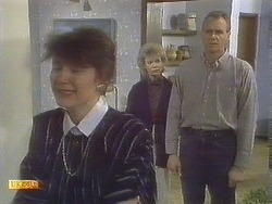 Beverly Marshall, Helen Daniels, Jim Robinson in Neighbours Episode 0835