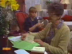 Jane Harris, Nell Mangel in Neighbours Episode 0836
