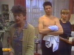 Nell Mangel, Joe Mangel, Jane Harris in Neighbours Episode 0836