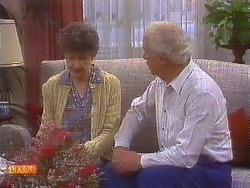 Nell Mangel, John Worthington in Neighbours Episode 0836