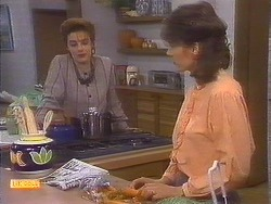Gail Robinson, Beverly Marshall in Neighbours Episode 0837