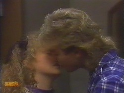 Sharon Davies, Nick Page in Neighbours Episode 0837