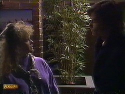 Sharon Davies, Mike Young in Neighbours Episode 0838