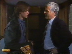 Mike Young, Kenneth Muir in Neighbours Episode 0838