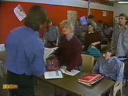 Mike Young, Sharon Davies, Jessie Ross, Nick Page in Neighbours Episode 0838