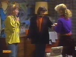 Bronwyn Davies, Jessie Ross, Sharon Davies in Neighbours Episode 0839