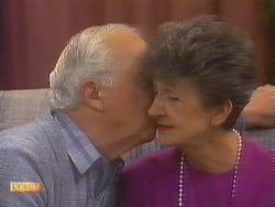 John Worthington, Nell Mangel in Neighbours Episode 0839