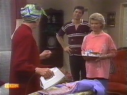 Nell Mangel, Joe Mangel, Helen Daniels in Neighbours Episode 0840