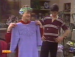 Nell Mangel, Joe Mangel in Neighbours Episode 0840