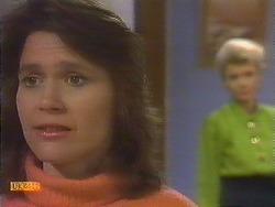 Beverly Marshall, Helen Daniels in Neighbours Episode 0841