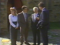 Bronwyn Davies, Paul Robinson, John Worthington, Des Clarke in Neighbours Episode 0841