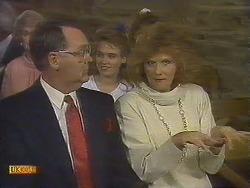 Harold Bishop, Bronwyn Davies, Madge Bishop in Neighbours Episode 0841