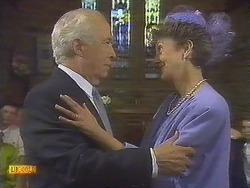 John Worthington, Nell Mangel in Neighbours Episode 0841