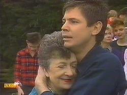 Todd Landers, Nell Mangel, Joe Mangel, Helen Daniels, Gail Robinson in Neighbours Episode 0842