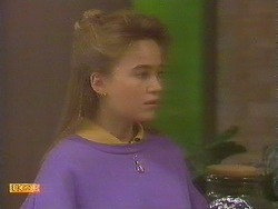 Bronwyn Davies in Neighbours Episode 0843