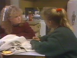Sharon Davies, Bronwyn Davies in Neighbours Episode 0844