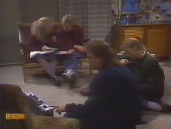 Sharon Davies, Nick Page, Henry Ramsay, Bronwyn Davies in Neighbours Episode 0844