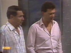 Malcolm Clarke, Des Clarke in Neighbours Episode 0845
