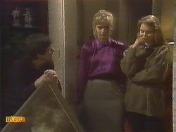 Joe Mangel, Jane Harris, Bronwyn Davies in Neighbours Episode 0845