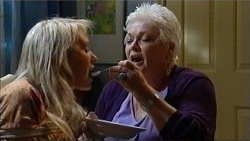 Pepper Steiger, Mary Casey in Neighbours Episode 5201