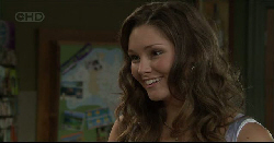 Sienna Cammeniti in Neighbours Episode 5445